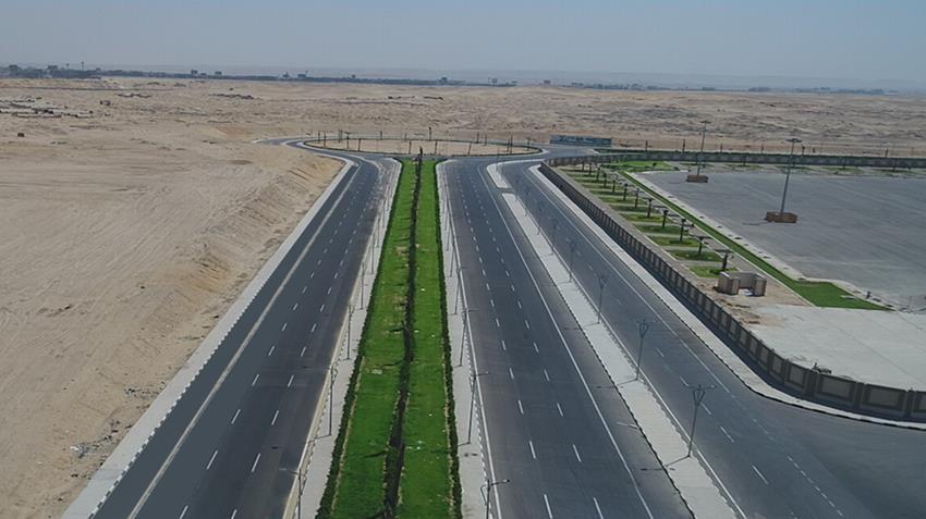 طريق مواز جنوب محور المشير طنطاوي بمحافظة القاهرة