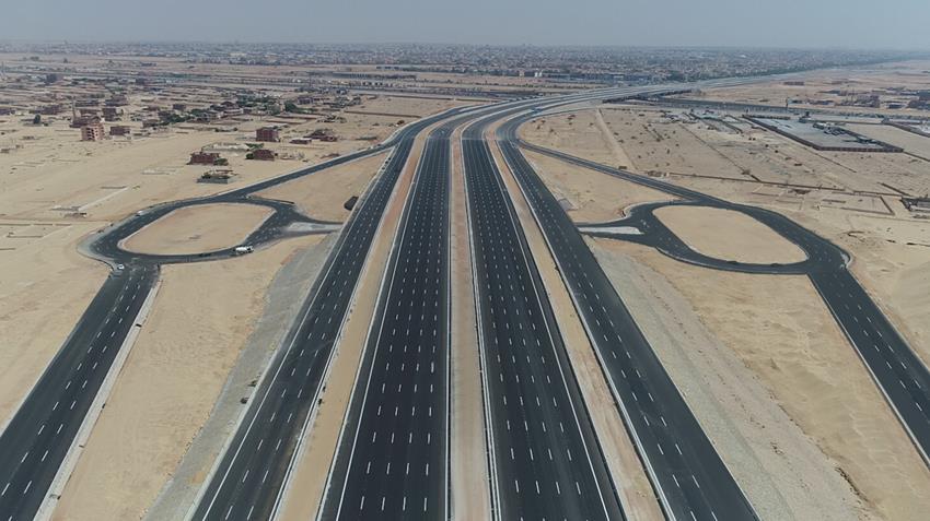 تنفيذ قطاع من الطريق الدائري الأوسطي حول القاهرة الكبري