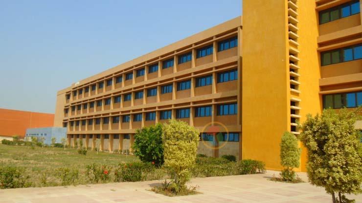 المعهد الفنى فوق المتوسط لتكنولوجيا السكه الحديد