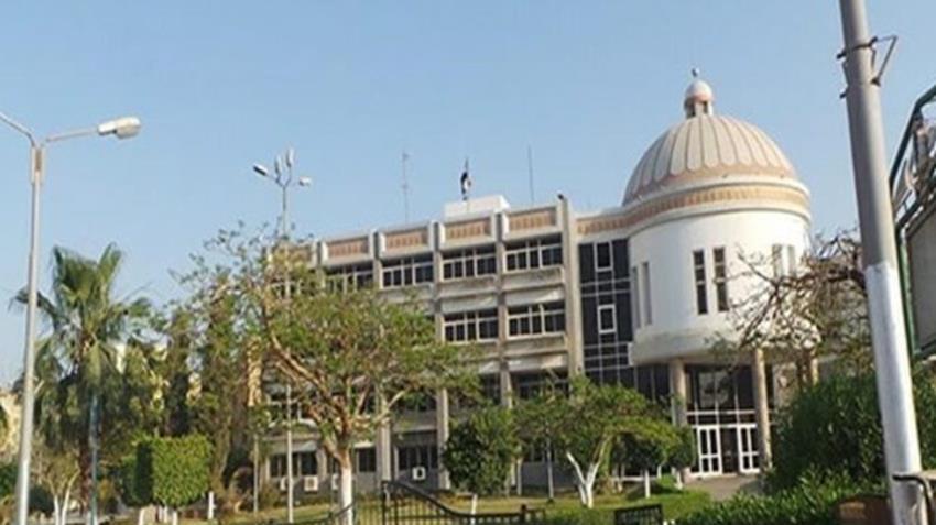 كلية الصيدلة بجامعة الفيوم