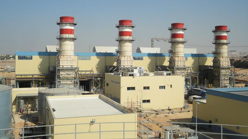وحدات غازية بمحطة كهرباء ٦ أكتوبر