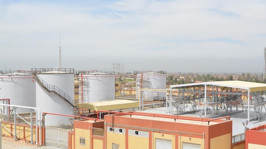 مستودعات لتخزين المنتجات البترولية ومنصة شحن بأسيوط